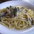 佐渡牡蠣とキノコのクリームパスタ