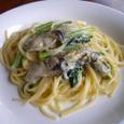 牡蠣と青菜のクリームスパゲティ