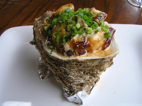 牡蠣の味噌マヨネーズ焼き
